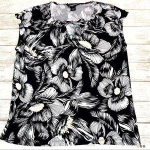 Liz Claiborne poly/spandex floral top. Size lg